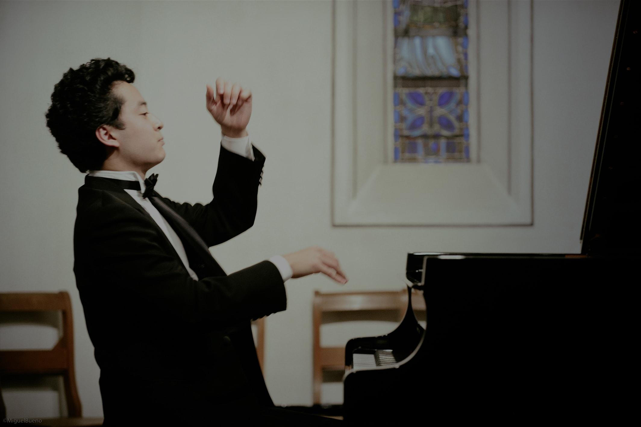 Ryutaro Suzuki | Pianist